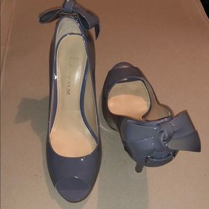 Enzo Angiolini bow high heels size 6.5
